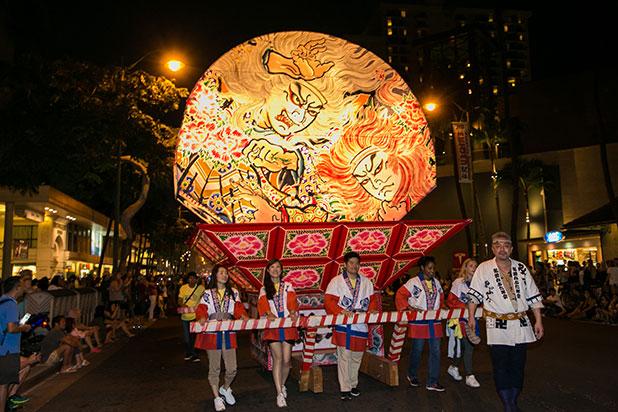 ホノルルフェスティバルのパレード