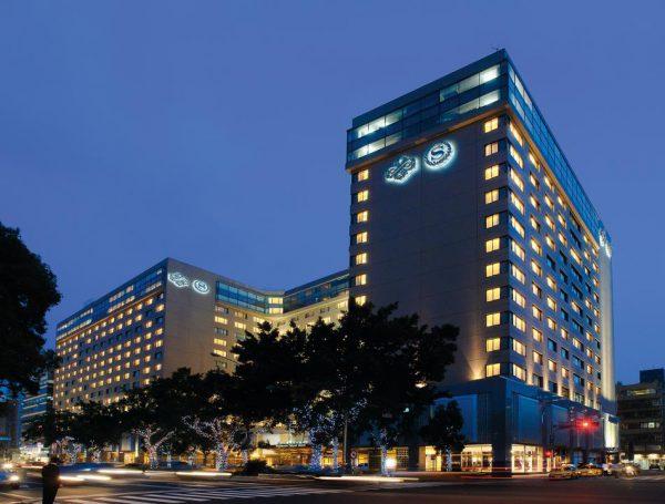 観光やショッピングに便利な好立地のホテル