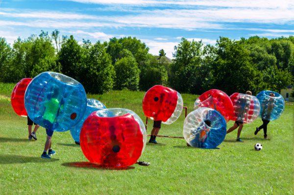バブルサッカーを社内イベントで楽しむ