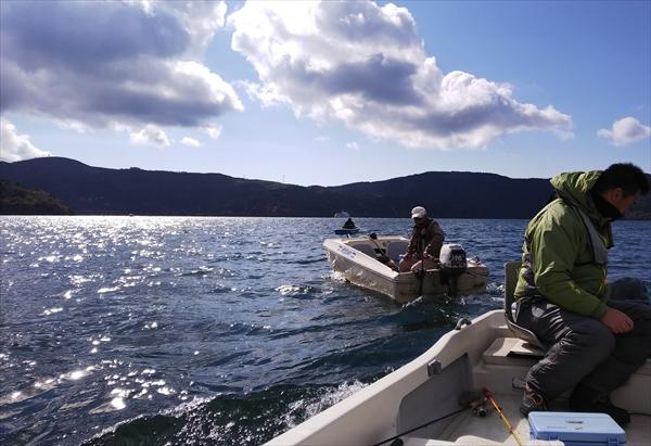 社内イベント_ワカサギ釣り_芦ノ湖