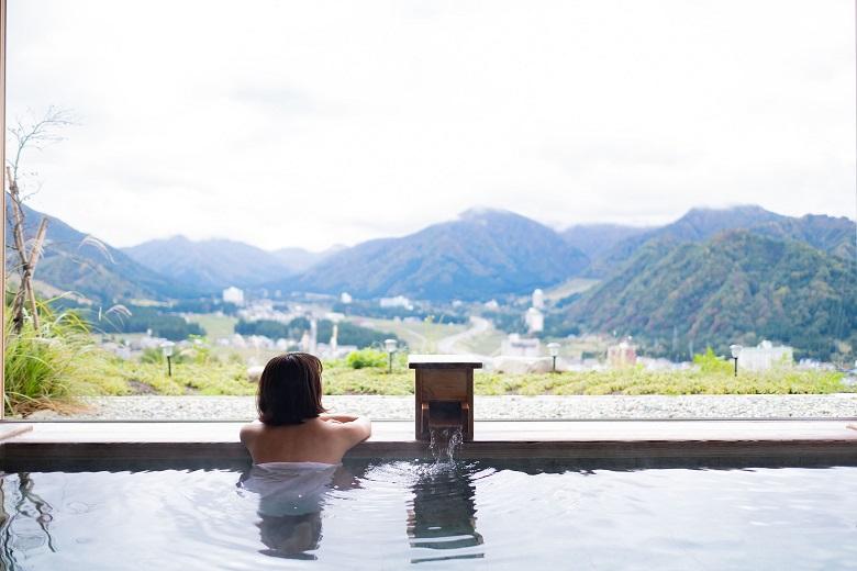 ホテルシェラリゾート湯沢・温泉